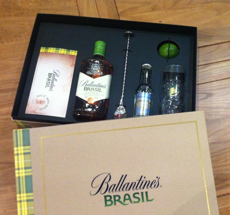 Ballantine's Brasil Cocktail Kit 2